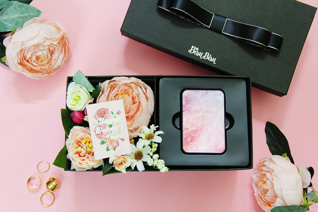 Flower Gift Box with Pastel Marble Power Bank
