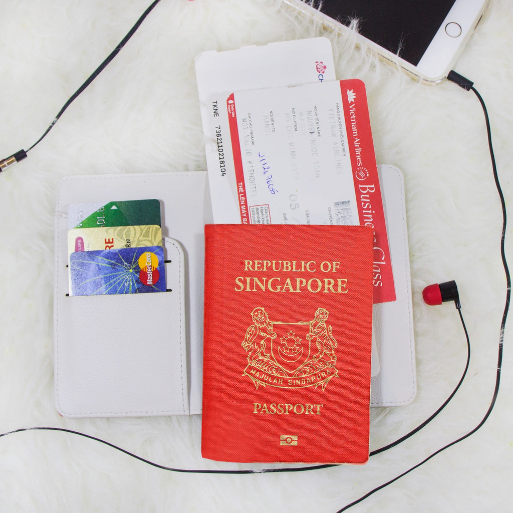 Singapore In Heart Personalizable Passport Holder