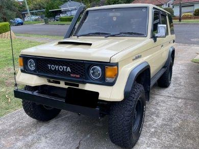 Bonnet Scoop for 4WD's - Low Line Open Mouth (Patrol / 80 / 100 Series Landcruiser / Hilux) - Spoilers and Bodykits Australia