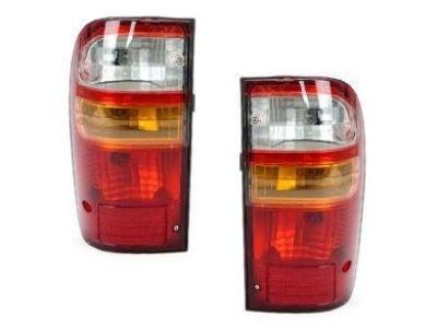 Tail Lights for Toyota Hilux (10/2001 - 03/2005 Models) - Spoilers and Bodykits Australia