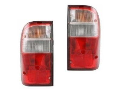 Tail Lights for Toyota Hilux (5 Pin Plug) (10/1997 - 2005 Models) - Spoilers and Bodykits Australia