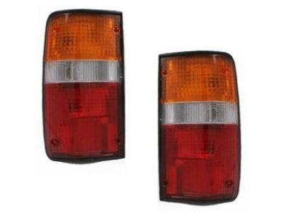 Tail Lights for Toyota Hilux RN / YN / LN (10/1988 - 11/1997 Models) - Spoilers and Bodykits Australia