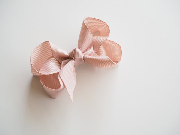 SNUGGLE HUNNY NUDE CLIP BOW - SMALL PIGGY TAIL PAIR