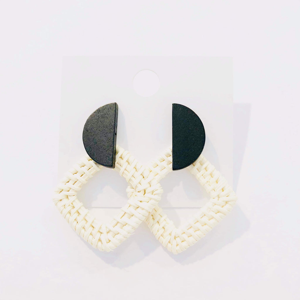 BLACK AND WHITE HALF CIRCLE RATTAN SQUARE EARRINGS