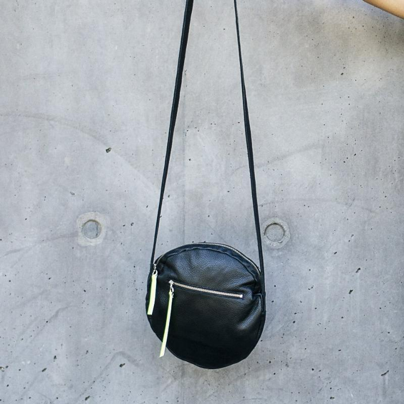 SMALL FULL MOON LEATHER BAG