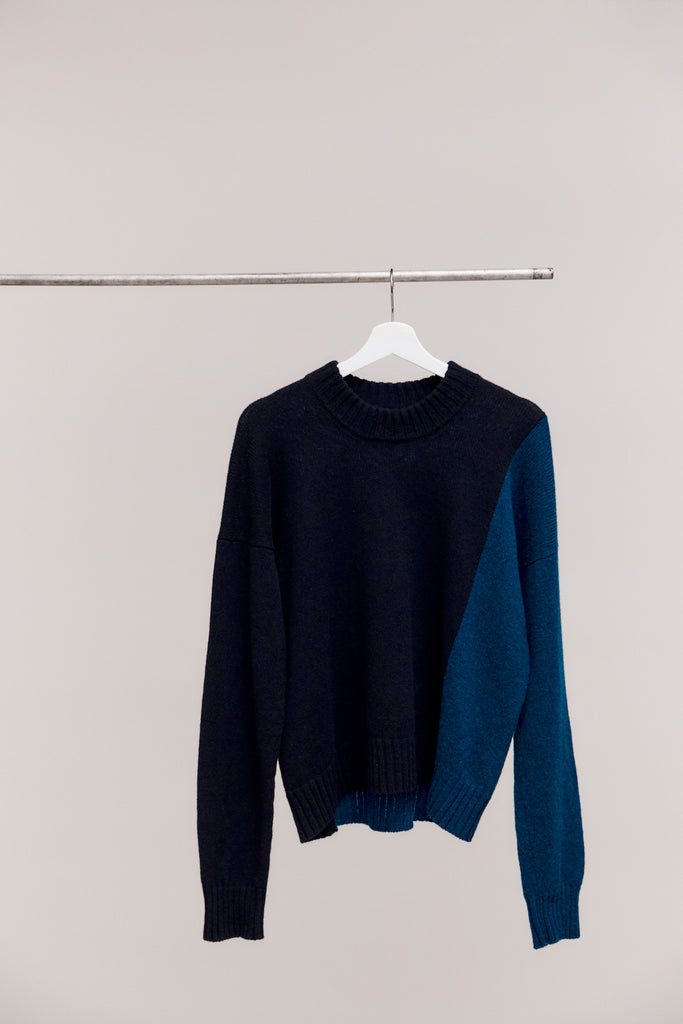 ALEXANDER | TWO TONE SWEATER