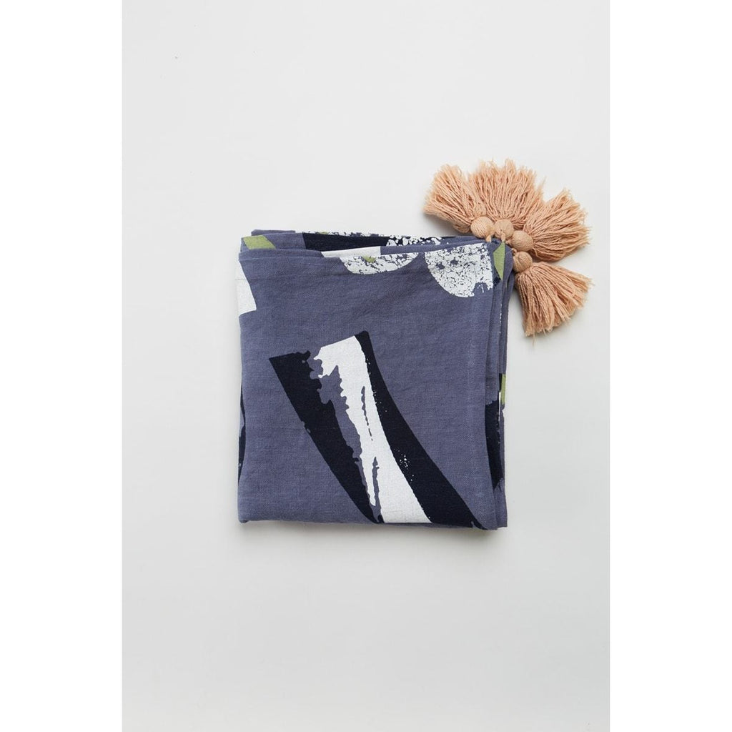 NAVY ROCKY ROAD THROW | TABLE CLOTH