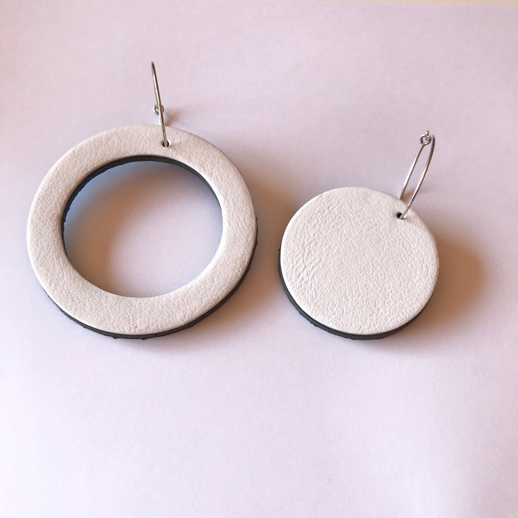 GEO LEATHER CIRCLE EARRINGS