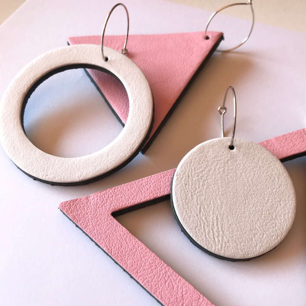 GEO LEATHER TRIANGLE EARRINGS