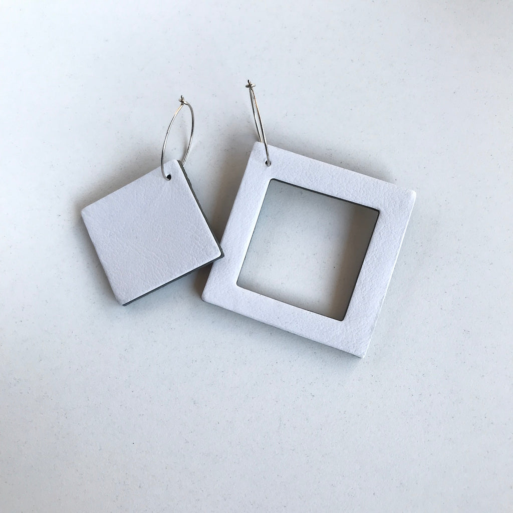 GEO LEATHER SQUARE EARRINGS