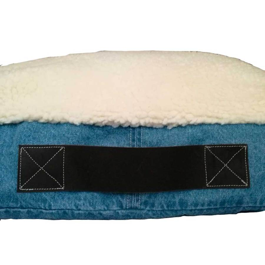 DENIM | SHERPA REVERSIBLE DOG BED