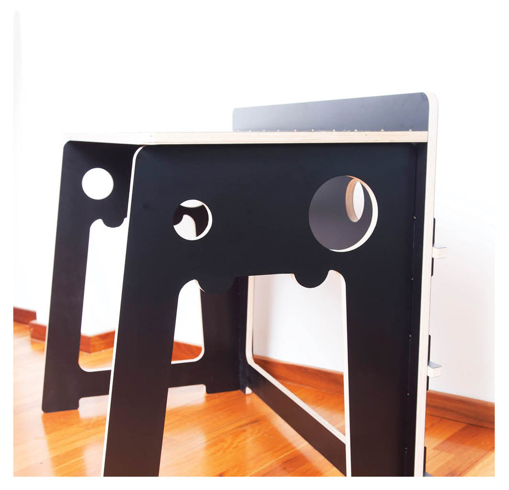 KREATURE TABLE
