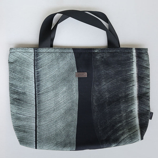 Weekend Bag - Midnight Ficus