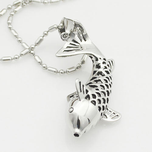 Gorgeous Hollow Pendant Dolphin Necklace