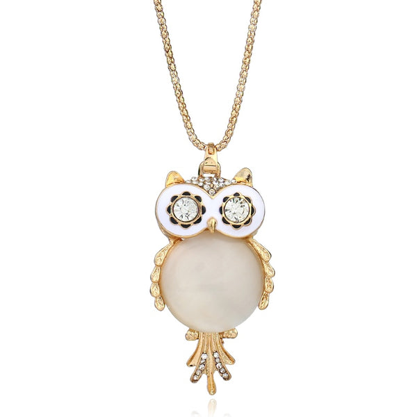 Eye Catching Clear Rhinestone Glass Beads Owl Necklace - Gold Color