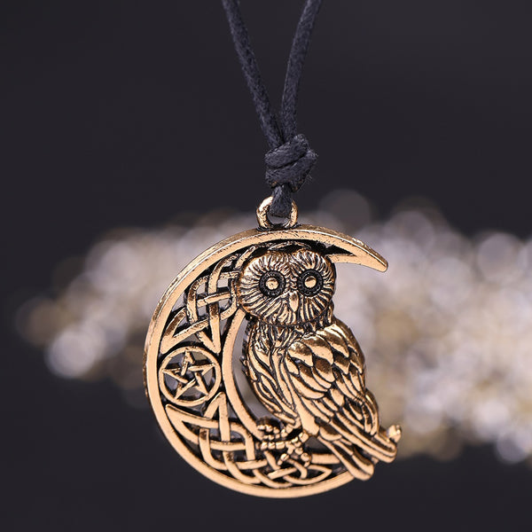 Adjustable Goddess Crescent Moon Pendant Owl Necklace (In gold and silver color)