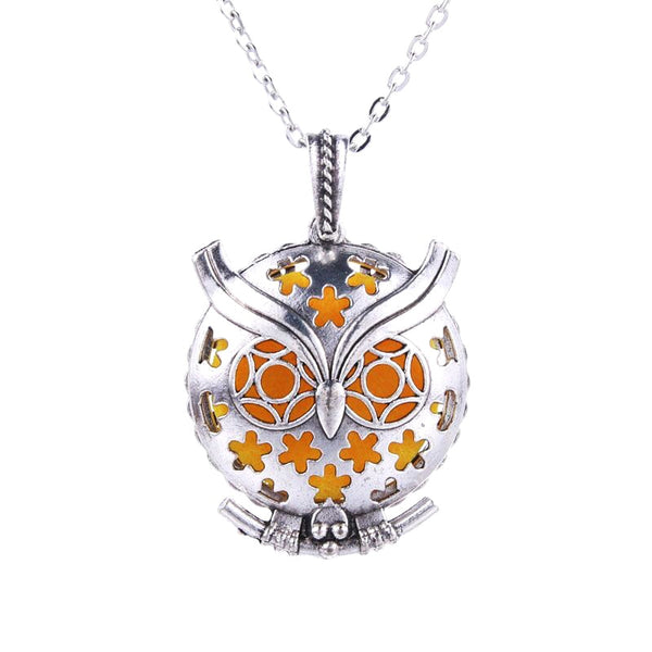 Ancient Silver Owl Antique Retro Magnetic Aromatherapy Perfume Box Necklace - Oil Diffuser Locket Pendant (many designs available)