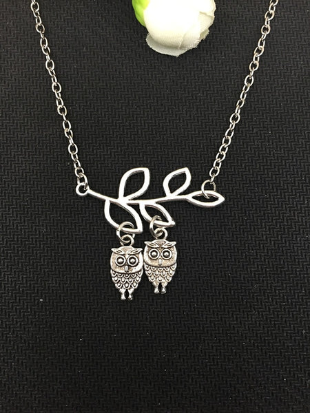Stylish Hot Branched Owl Pendant Necklace - Perfect Gift for Women / Friendship