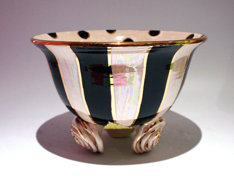 Medium Rose Footed Salad Bowl - MaryRoseYoung