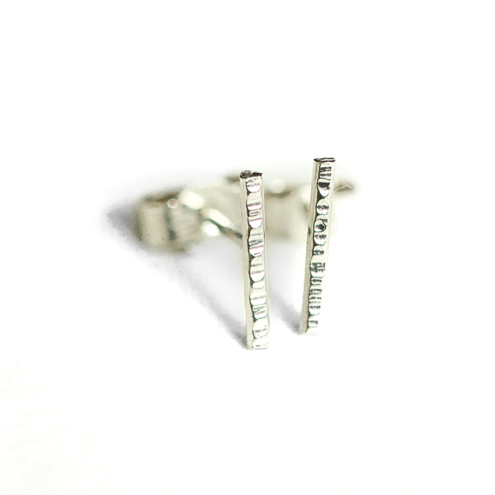 white gold bar earrings 18ct recycled gold
