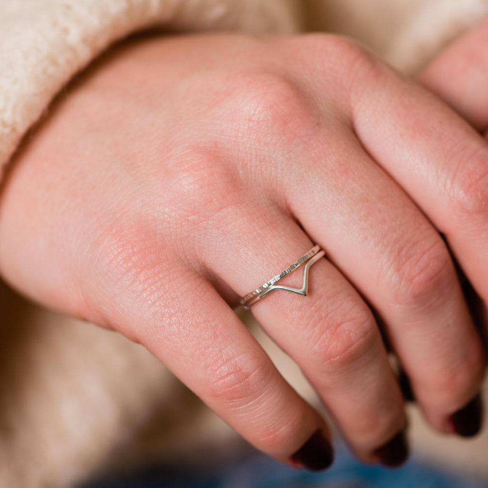 Dainty chevron ring ethically made - Stockholm
