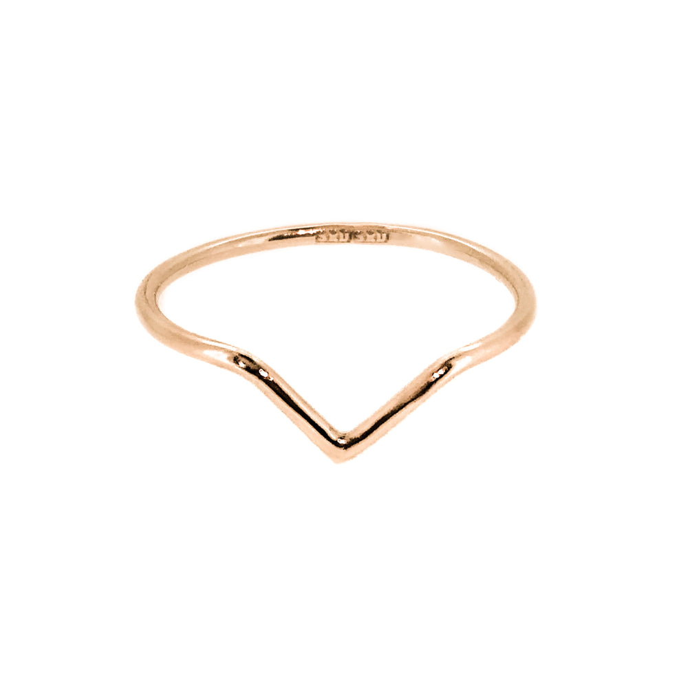 18ct rose gold chevron ring. rose gold point nesting band. Handmade Stockholm Rose Designs