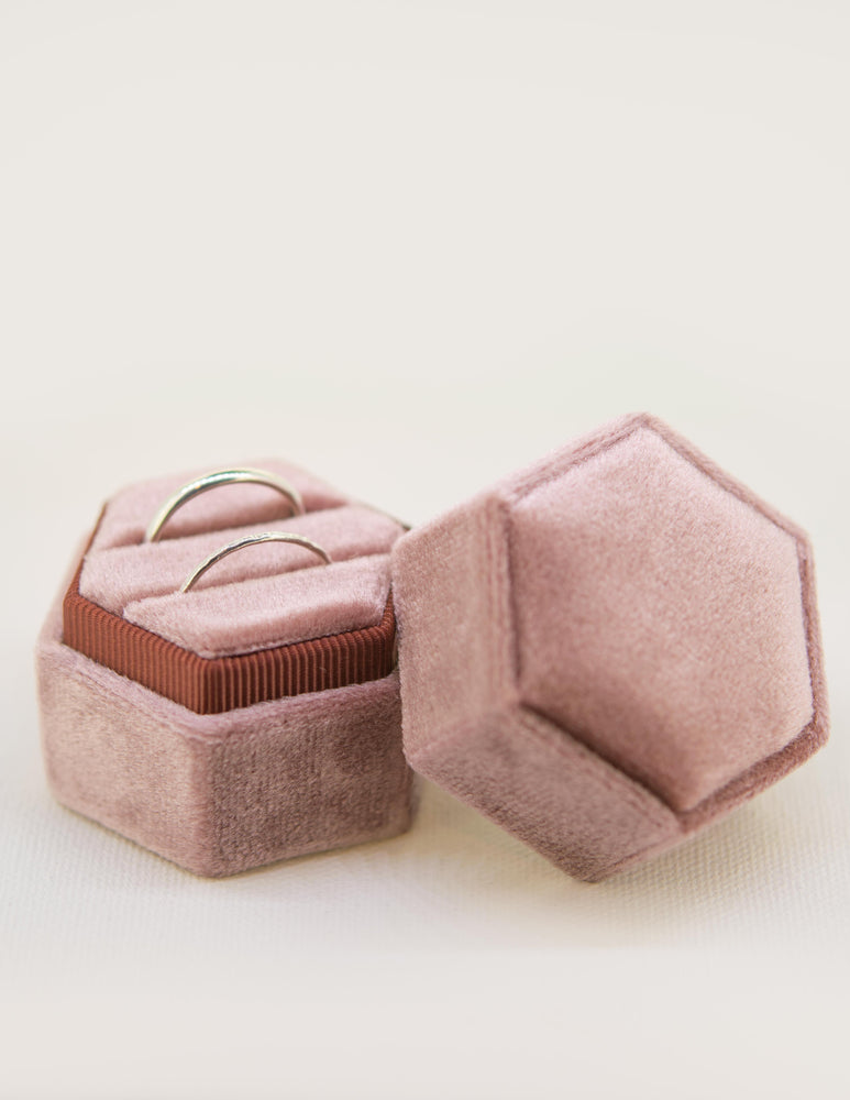 Velvet Ring Box in Dusky Rose