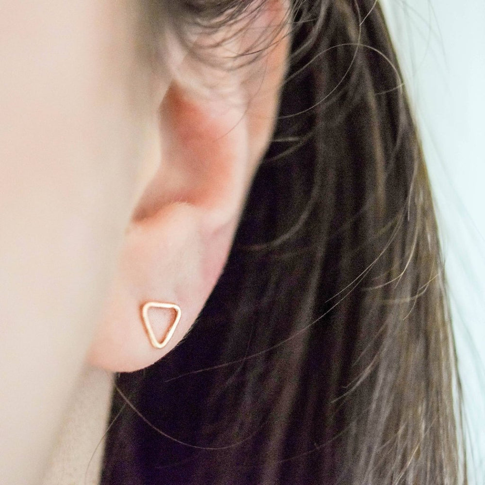 Outline Triangle Stud Earrings | 18ct White Gold
