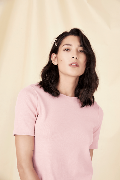 Pink organic cotton T shirt Shop sustainable fashion brands online