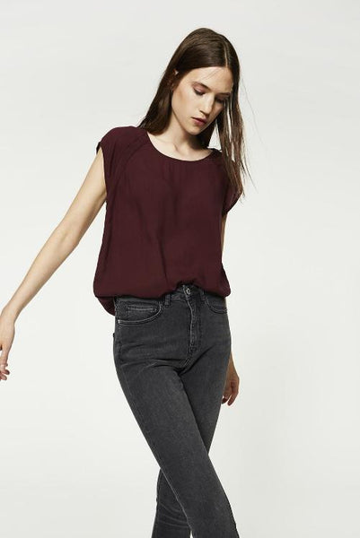 Tasha Delicate Top - Burgundy
