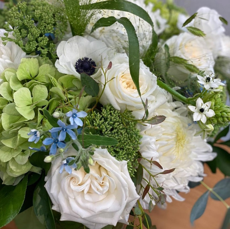 Mostly white bouquet