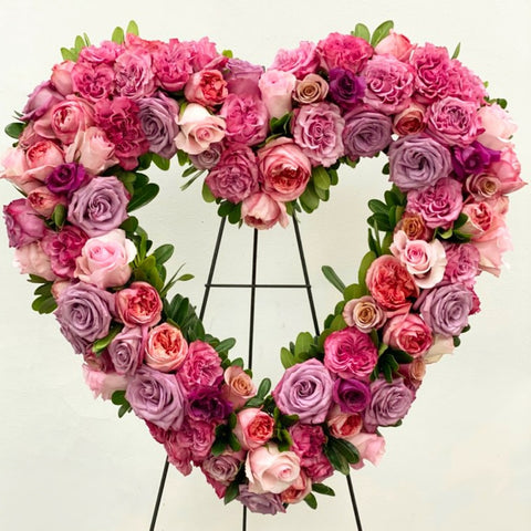 "24"" Pink Rose Heart Wreath"