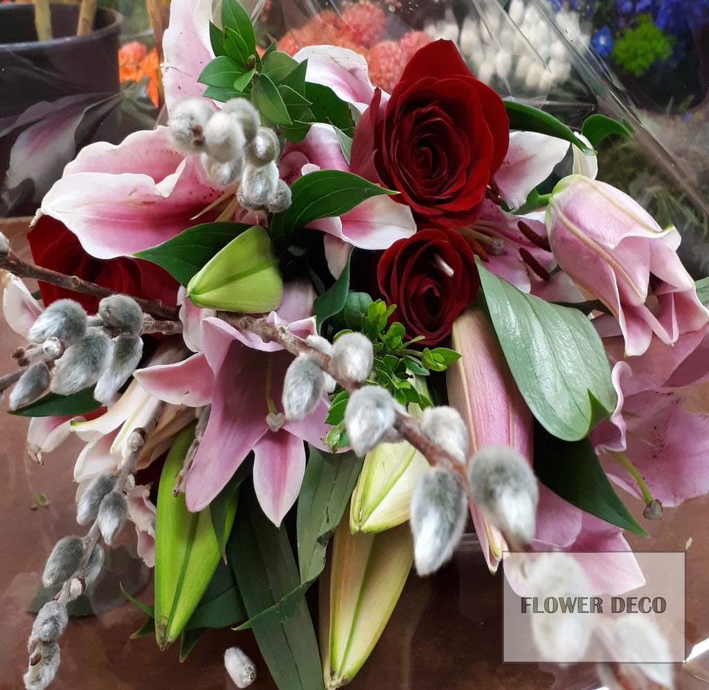 Lily and rose bouquet flower deco lily and rose bouquet izmirmasajfo
