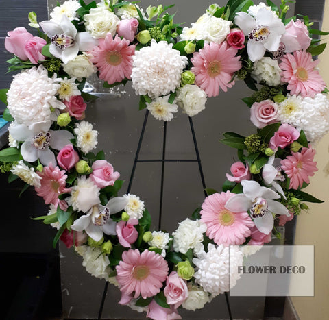 "Wreath 24"" Pink Heart"