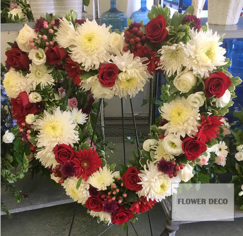"Wreath 24"" Red and White"