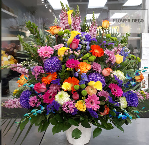 Bright Burst Arrangement