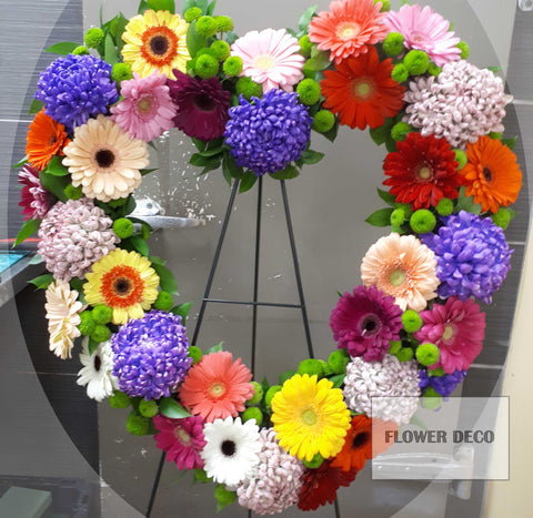 "Wreath 24""Colourful Heart"