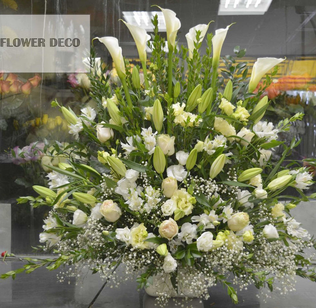 Full of White and Green Arrangement