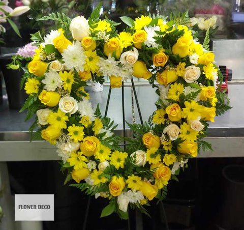 "Wreath 24""  Yellow Heart"