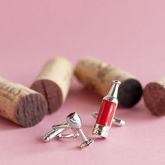 products/5d0faf4c79ad326c707e6c4d8fcd8a8c--red-wines-cufflinks-min.jpg