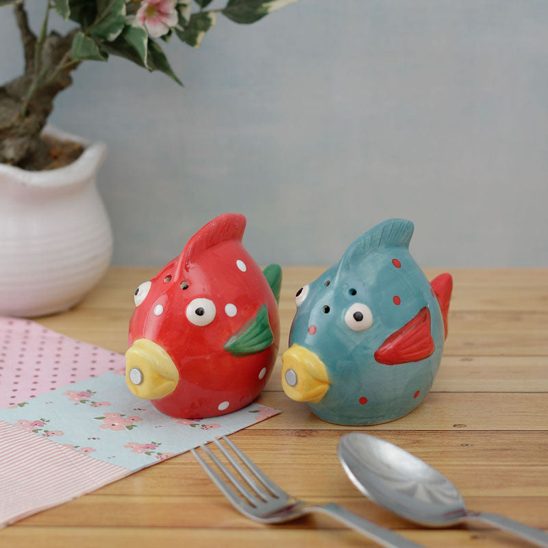Salt And Pepper Shaker Set - Cute Fish - Red And Blue-DINING + KITCHEN-PropShop24.com
