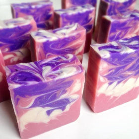 soap - blush-Beauty-PropShop24.com