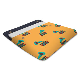products/Canvas-Laptop-Sleeve-Retro-Gramaphone_01.jpg