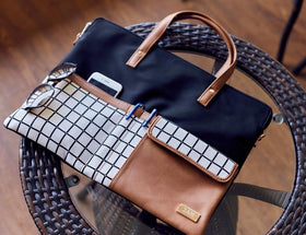 products/Grid_style_Laptop_sleeve_1.jpg