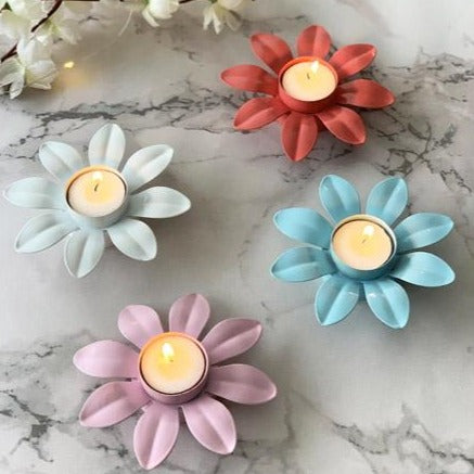 Flower Shaped Candle Holder - Set Of 4-CANDLES + AROMA-PropShop24.com