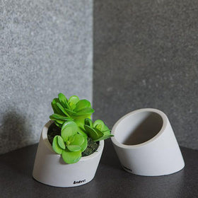 30 Degree Planter-HOME-PropShop24.com