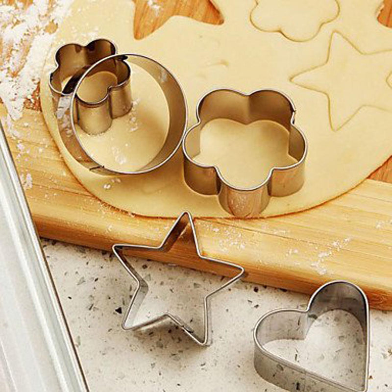 Cookie Cutters - Heart Flower Circle And Star - Set Of 12-DINING + KITCHEN-PropShop24.com