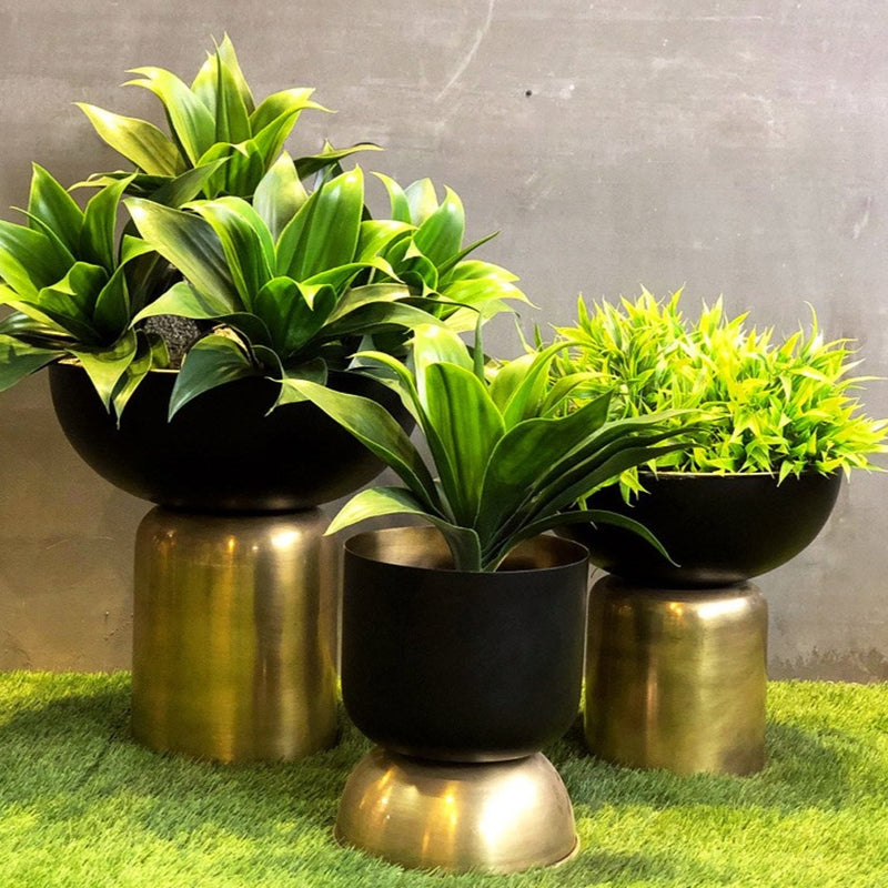 Totem Black And Gold Planter-HOME ACCESSORIES-PropShop24.com