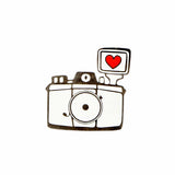 Fashion Pin - Camera-FASHION-PropShop24.com