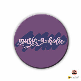 products/MAGNET_-_BADGE_-_music-a-holic.jpg